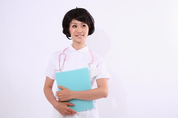 看護服のの女性