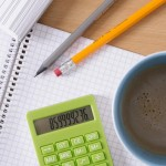 活躍の場が多い介護事務(ケアクラーク)の資格取得のための勉強と試験について