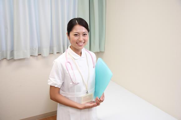介護の仕事を続けるうえで国家資格「介護福祉士」を持つことの大きなメリット