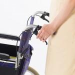 ベッドから車椅子への移乗介助